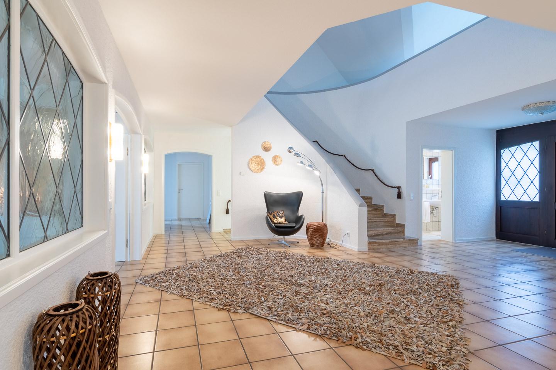 Immobilienfotografie Kraichgau Immobilienfotos Luxusvilla Kronau Eingangsbereich